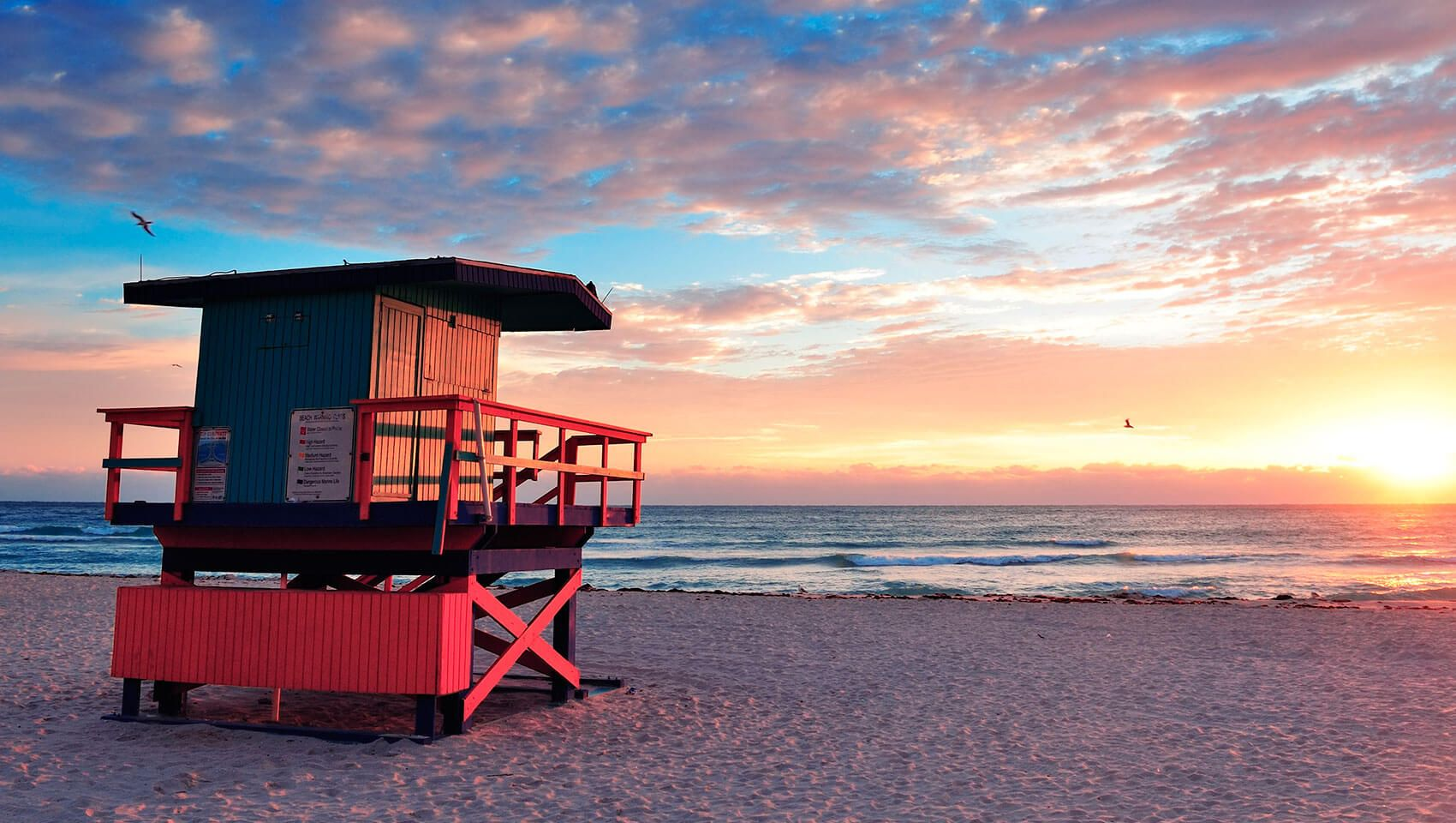 Best Places To Visit In U S In April For Amazing Spring Experience Miami Hotels South Beach South Beach Miami Miami Beach Travel