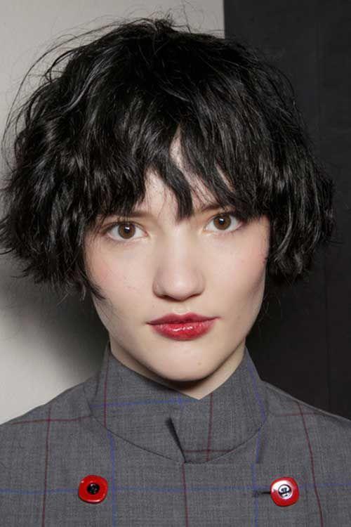 Entzuckende Franzosische Bob Haarschnitte Die Sie Sehen Mussen In 2020 Haarschnitt Bob Haarschnitt Kurzer Bob Haarschnitt