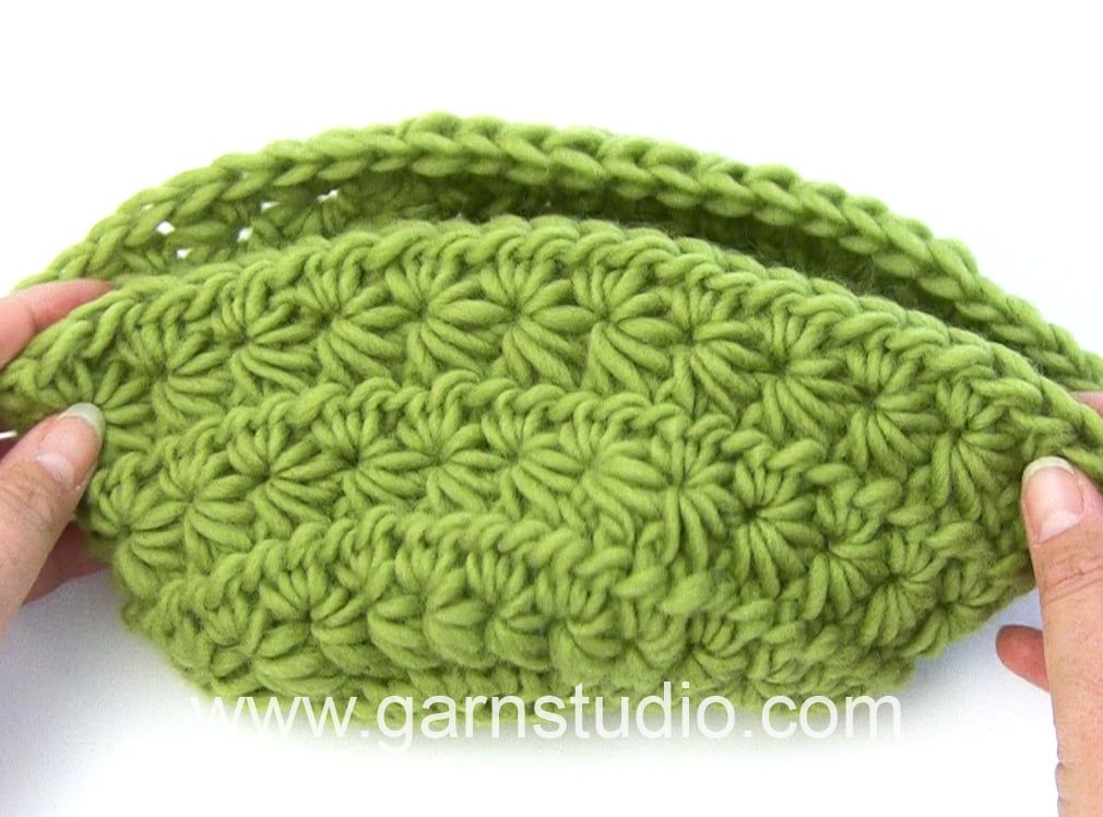 Drops Crocheting Tutorial How To Work A Basket With Star Pattern