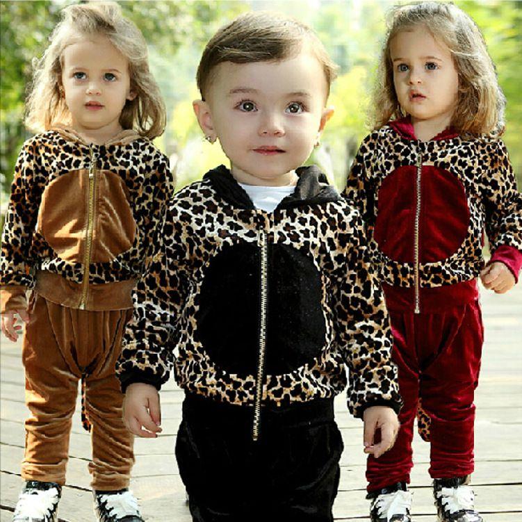 Cheap envío gratis los niños traje de deporte chico chica leopardo cola prendas niños ropa de bebé conjunto disfraces con capucha + pantalón 2 piezas otoño, Compro Calidad Conjuntos de Ropa directamente de los surtidores de China: consejos: la cola puede estardesmontar.
