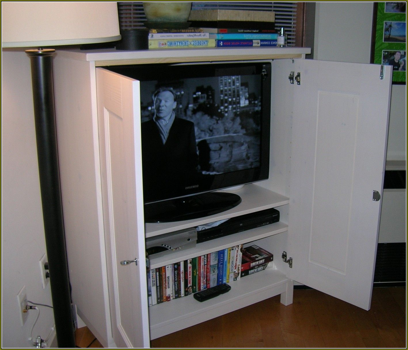 images of tv cabinets with doors | Flat Screen Tv Cabinet With ... on search screen, tv home table, tv color screen, tv display screen, tv home design, dvr screen, tv blue screen, tv home speakers,
