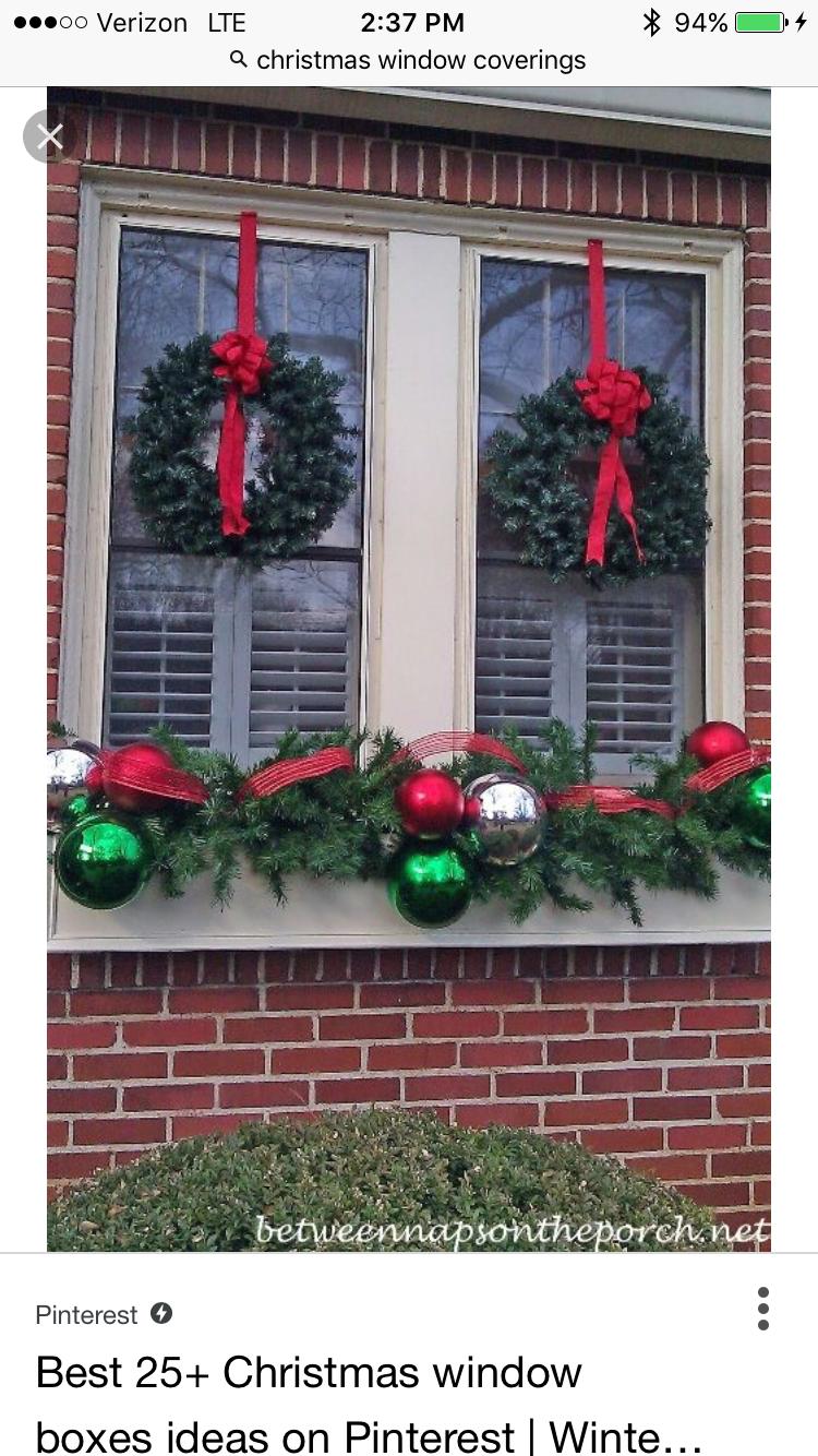 Decorazioni Natalizie 94.Pin Di Tina Chesley Su Christmas Front Porch Decorazioni Natale All Aperto Natale Artigianato Progetti Di Natale