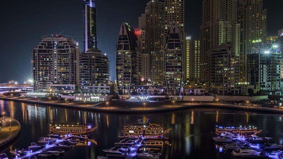 حجز طيران من الرياض الى دبي ارخص رحلات طيران من الرياض الى دبي حجز تذاكر طيران Dubai Holidays Dubai City Apartments In Dubai
