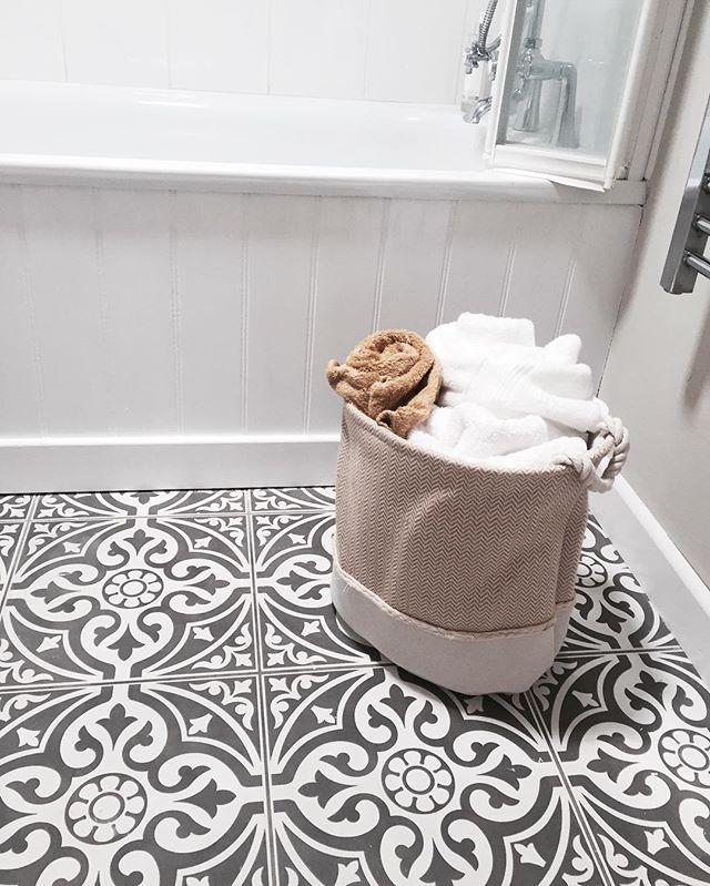 Devon Stone Black Feature Floor Tile 33x33cm In 2019