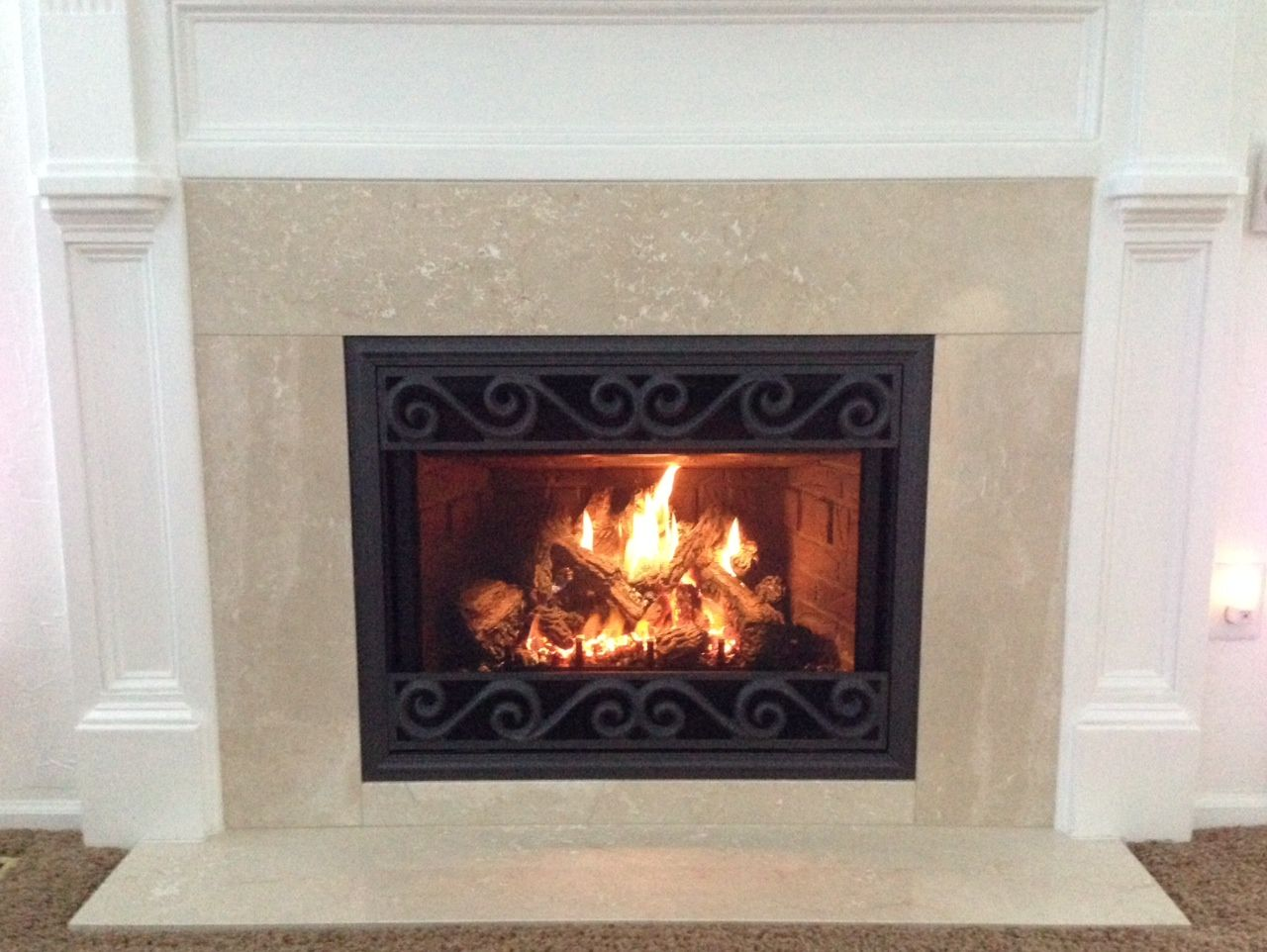 mendota hearth dxv 35 gas fireplace shown with deerfield front