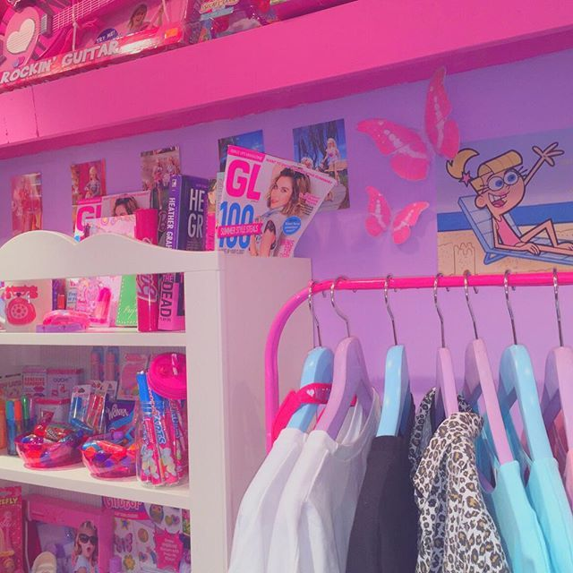 Chambre pour fille rose   Aesthetic bedroom, Aesthetic ...