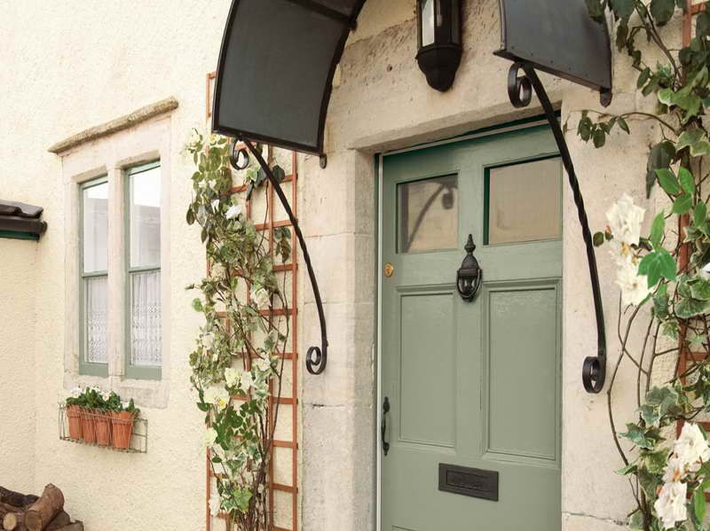 Classic Exterior Paint Colors For Luxurious Shade With The