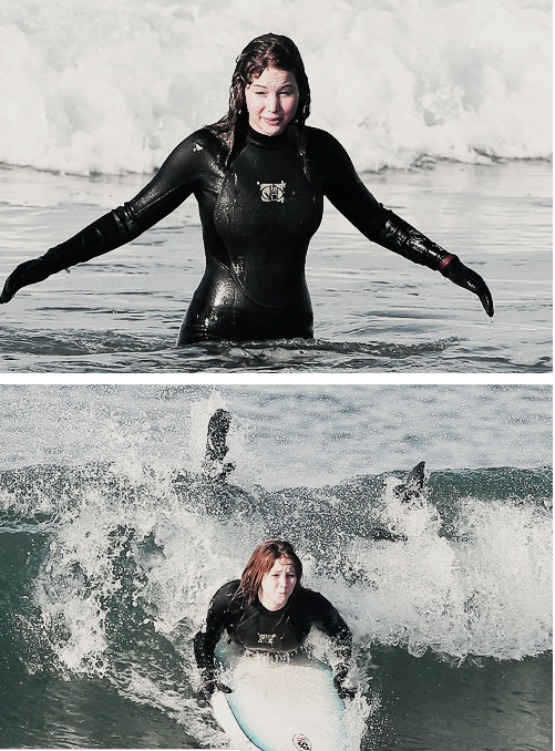 Jennifer surfing in Hawaii last Feb 2012 I hear Josh goes surfing too... GO SURFING TOGETHER!!!!!!!!!! I BEG OF YOU!!!