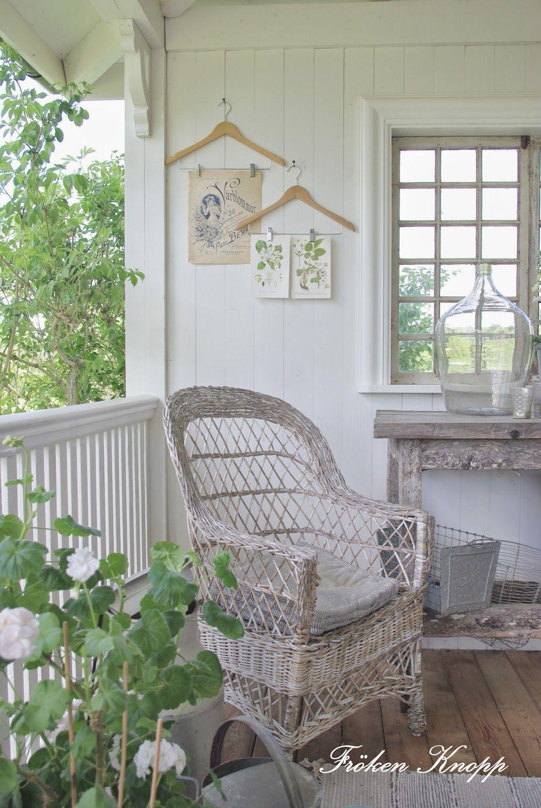 Love White Wicker Furniture Porch With