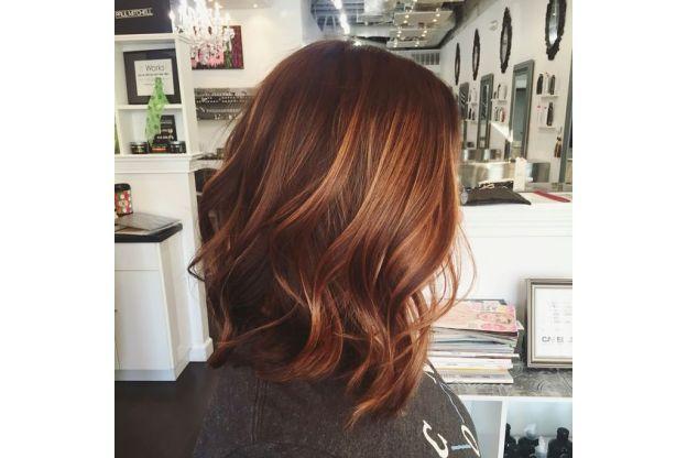 Prova il caffè per lavarti i capelli: il risultato è stupefacente