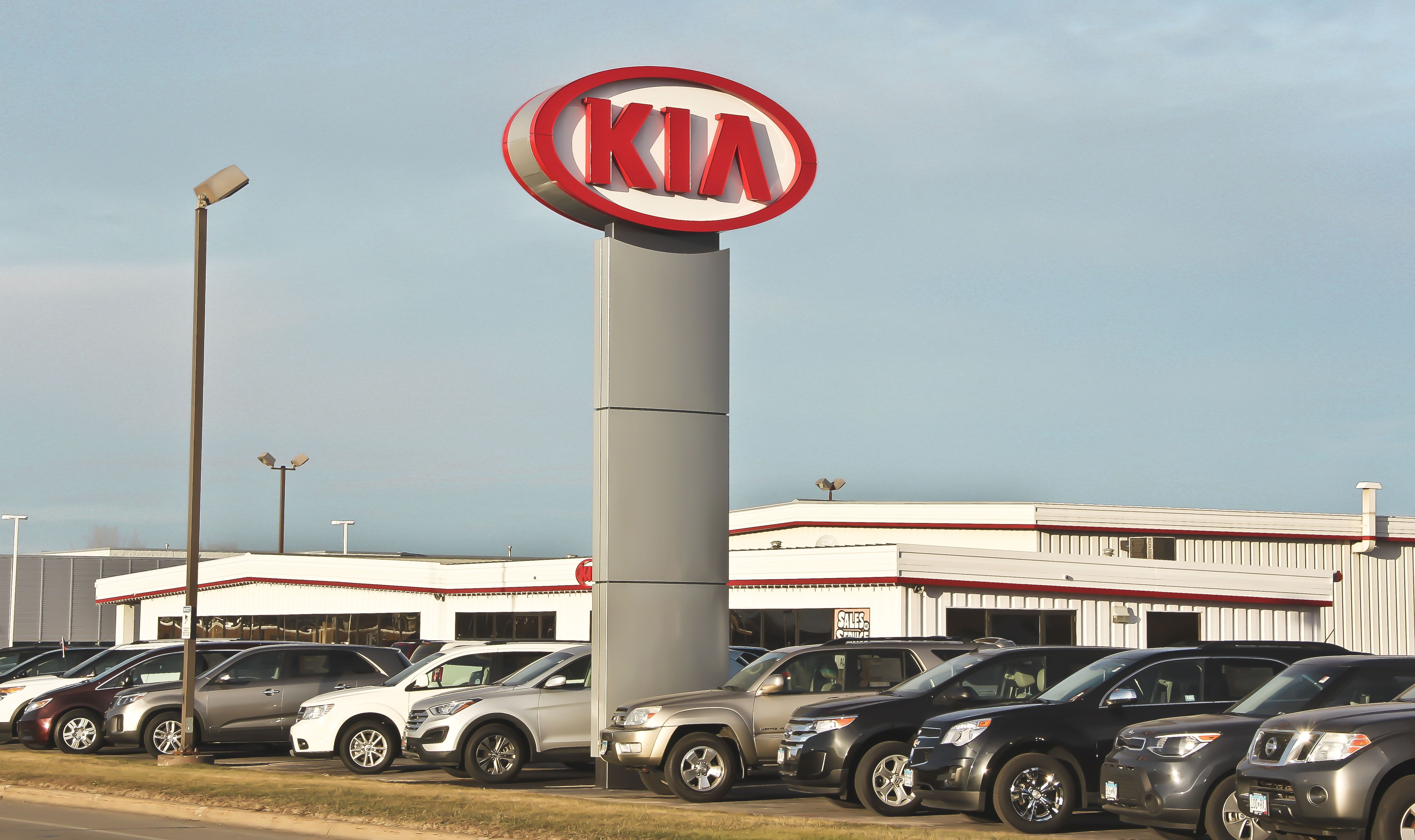 Car Dealerships In Rochester Mn >> Tom Kadlec Kia 4444 Hwy 52 N Rochester Mn 55901 Tour Our