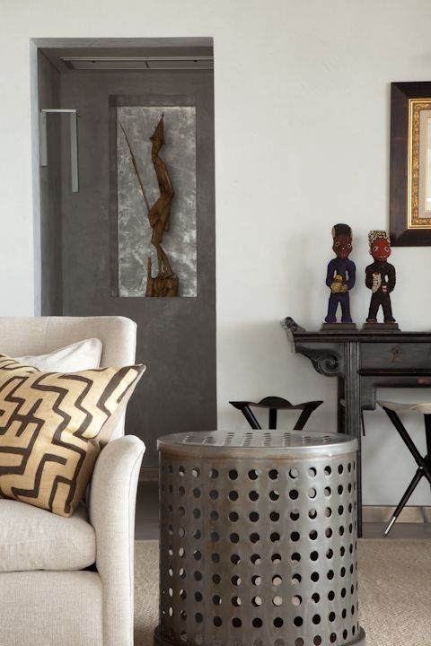 Afrocentric Style Decor   Design Centered On African Influenced Elements.  Nice Contemporary Feeling