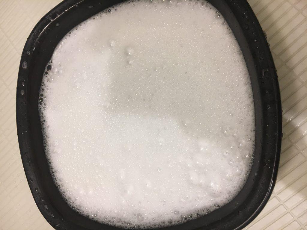 浴室ドアの換気口を掃除 カビは 液湿布でスッキリ あなたの