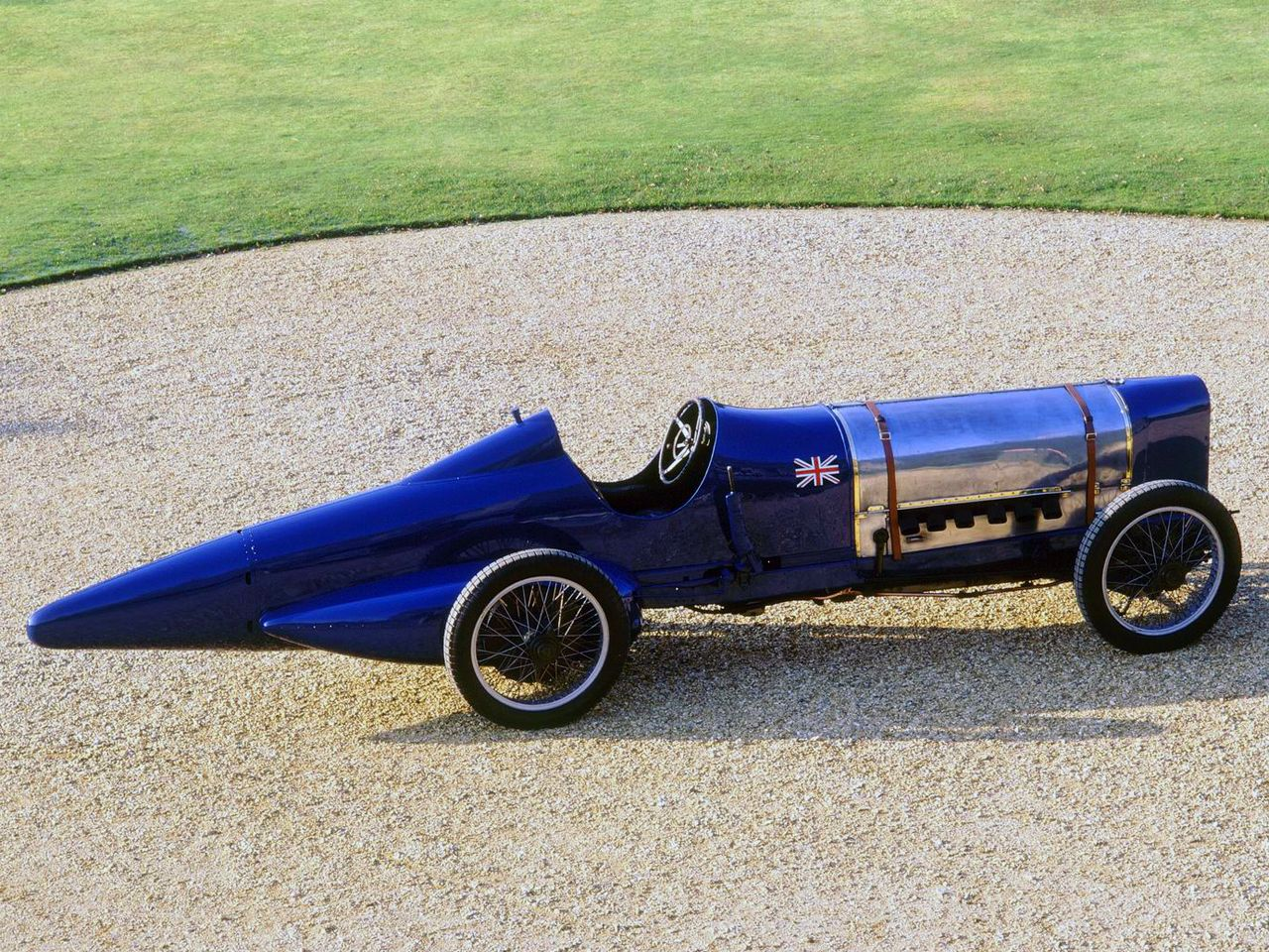 1925 sunbeam bluebird land speed record car wasn t this malcolm campbell s rocket