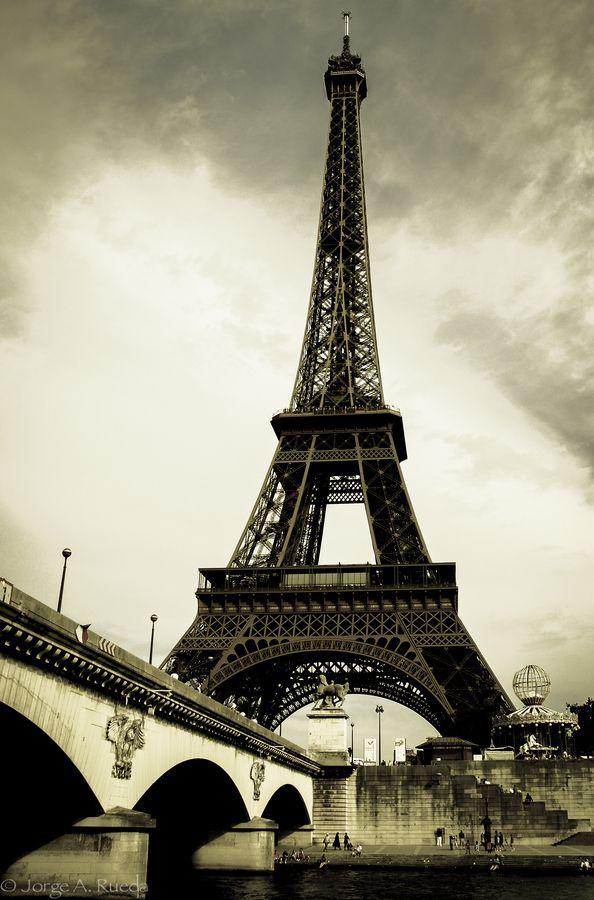 Parisi City