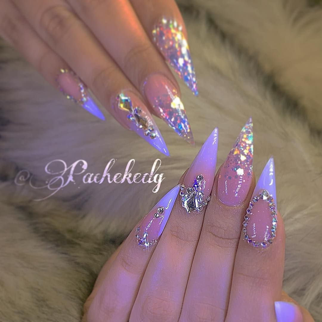 Nails by @pachekedg Hello! It\'s Edgar.. now to book an appointment ...