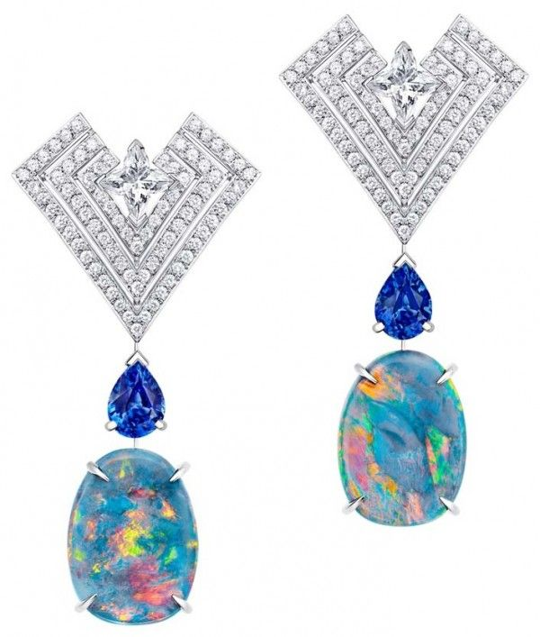 LOUIS VUITTON Acte V Genesis Earrings Featuring Australian black opals, star-cut diamonds and sapphires, those earrings belong to the house's fifth high jewelry collection, so-called Acte V.