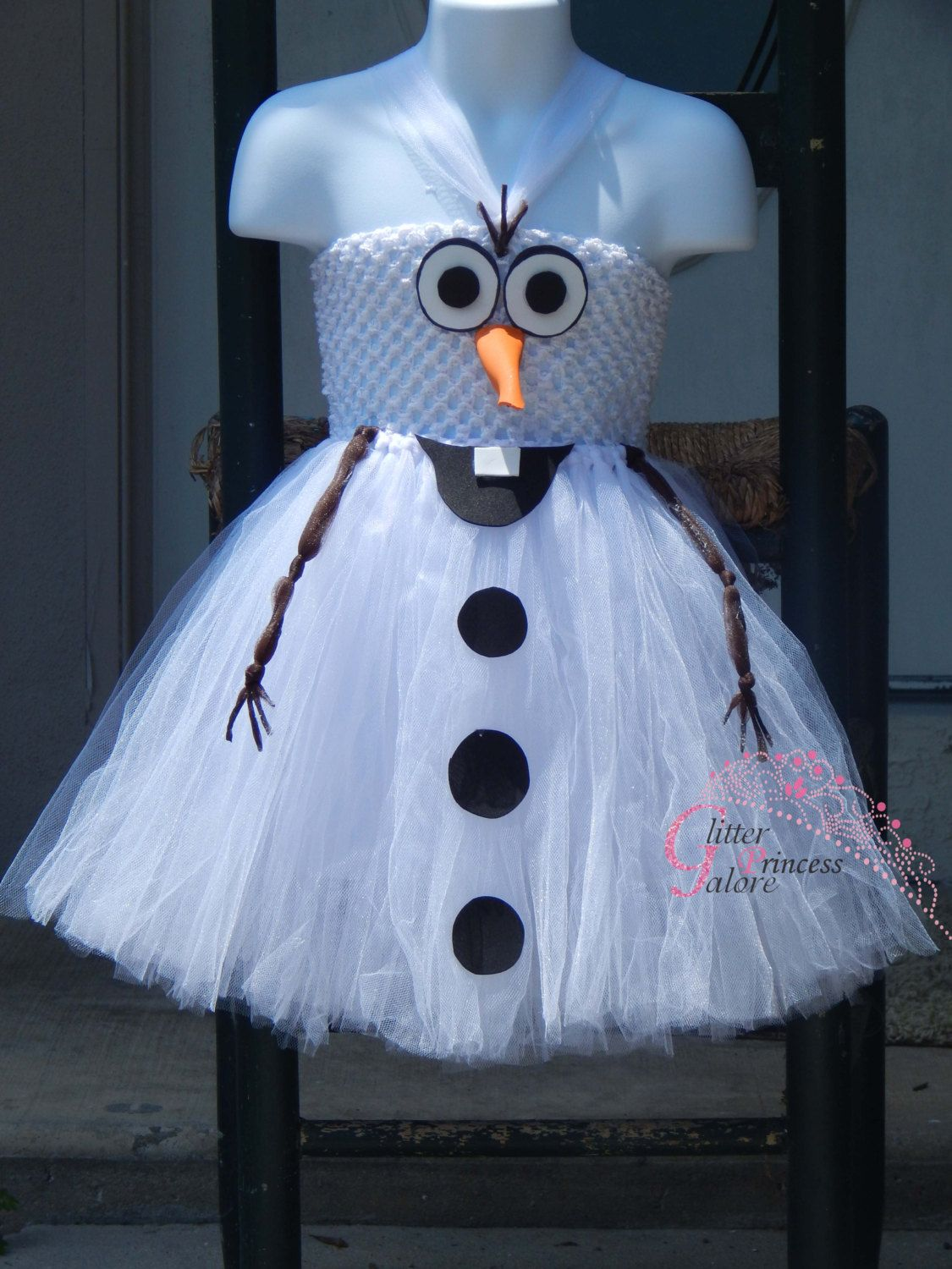 DIY Olaf Costumes: Low-Cost Halloween Looks for Frozen's ...  Diy Olaf Costume For Teen Girls