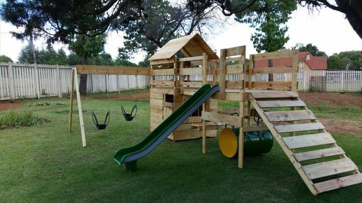 Http Www 99pallets Com Wp Content Uploads 2015 04 Diy Pallet Jungle Gym Jpg Pallet Playground Diy Playground Pallet Playhouse