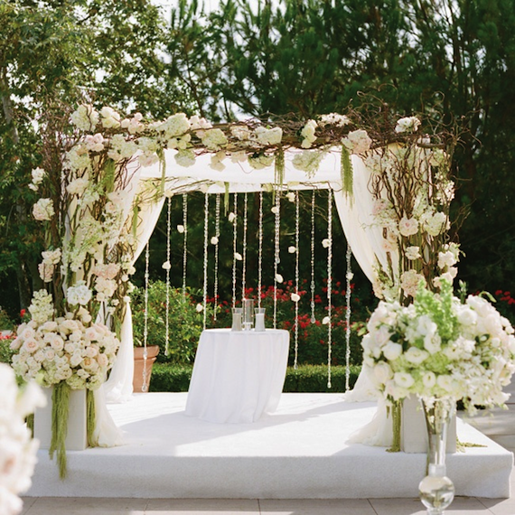 Altar Arrangements For Weddings: Gorgeous Altar Structure Adorned With Curly Willow And