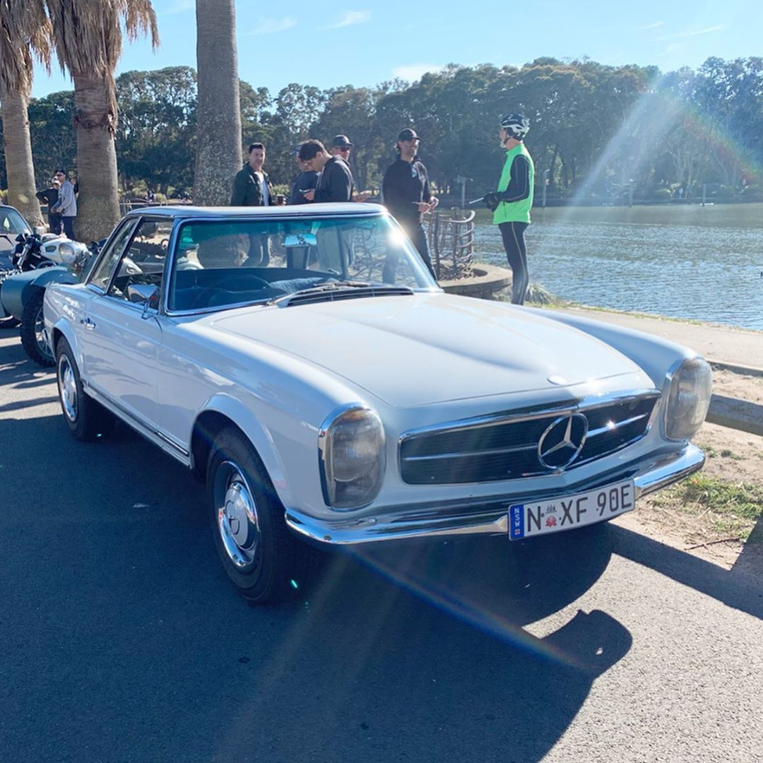 Another W113 From This Mornings Meet This Time A 250sl Mercedes