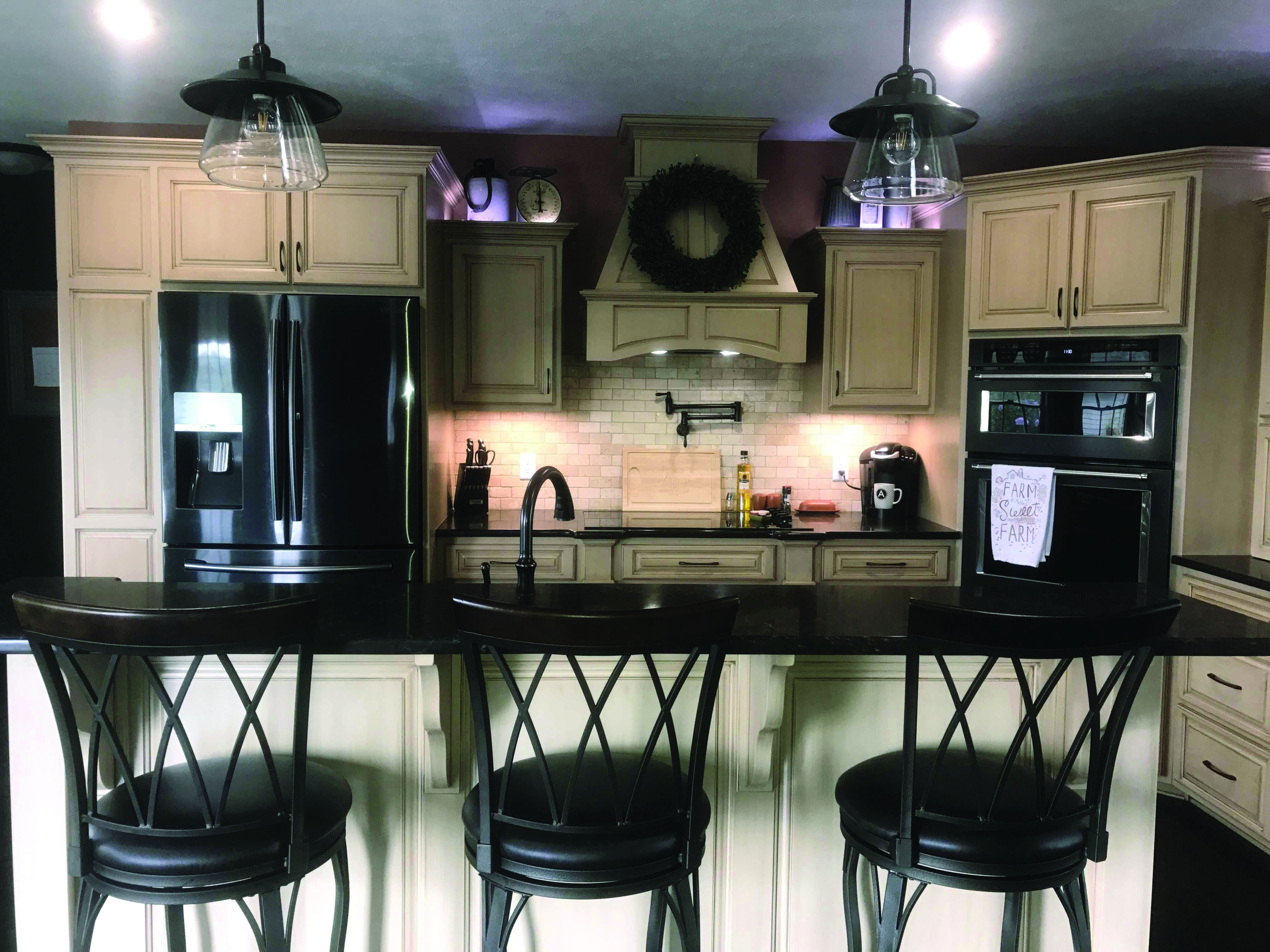 LEADING FAD IN KITCHEN CABINETRY STYLE | Black kitchen ...