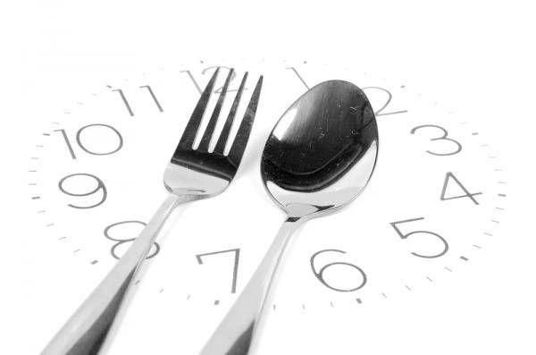 El ayuno intermitente + ejercicio físico intenso corto es la principal estrategia de rejuvenecimiento físico