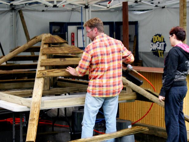 How to Build a Tiki Bar : How-To : DIY Network