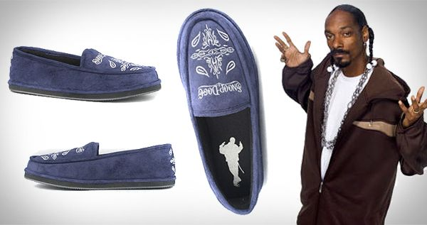 Snoop Dog House Slippers Omgomg With Images Dogg Dress Shoes
