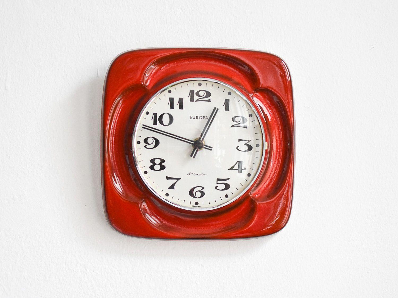 Rote Küchenuhr ~ Vintage flip clock alarm clock west german orange space age atomic