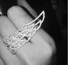 Afbeeldingsresultaat voor trouwring met vleugels