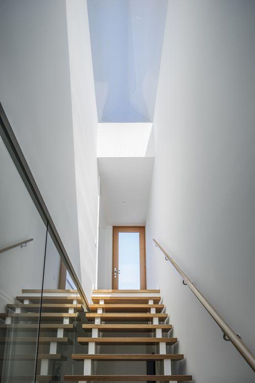 Skylight Above Stairs Idee Per La Casa Skylight