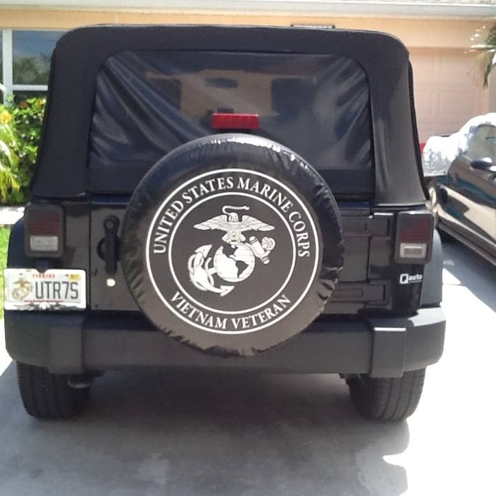 Us Marine Corps Spare Tire Cover On A Really Nice Black Jeep Our Customer Was Thrilled And Wrote Jackie Again Thanks Tire Cover Custom Tire Covers Black Jeep