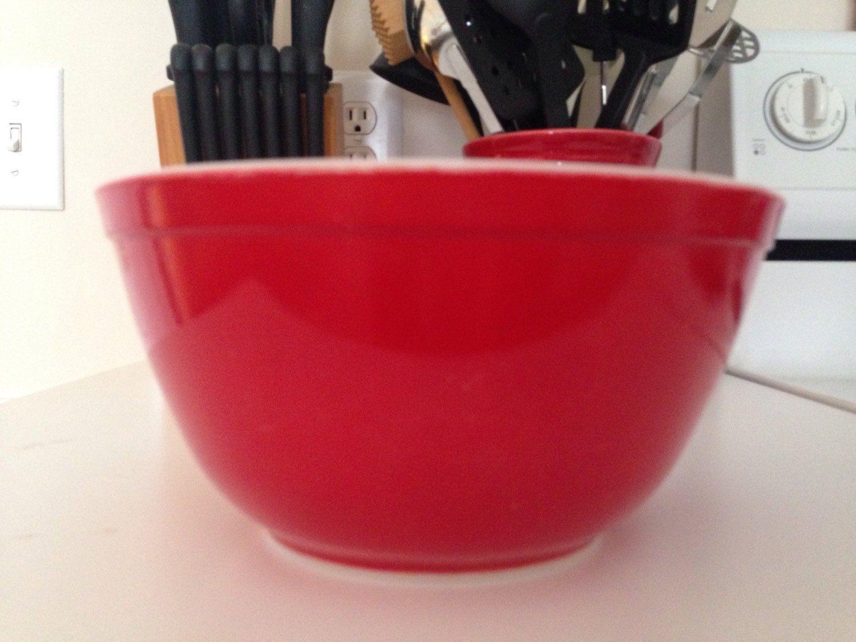 Pyrex Primary Red 402 1 1/2 Quart Mixing Bowl | Pyrex, Mixing bowls ...