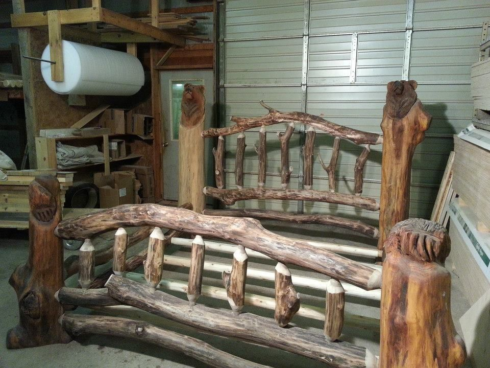 Bear Log Bed By Briar Hill Rustic Furniture Out Of Leeper Pennsylvania Pinned With Pinvolve