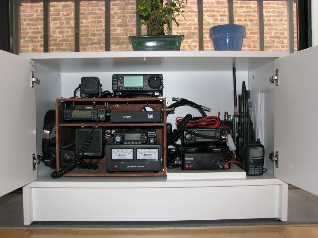 office radios. Ham Radio In The Big Apple Office Radios