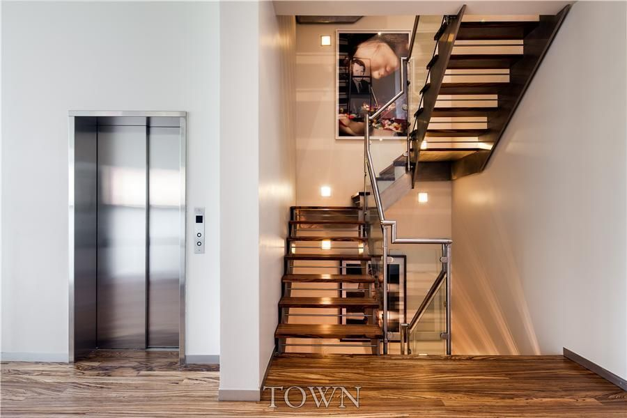 Heidi Klum Settles On A 70k Month West Village Rental For The Summer 6sqft House Rental Famous Interiors Selling House