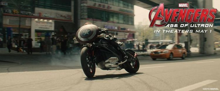 Black Widow Rides Motorcycle In Photo For Age Of Ultron Age Of Ultron Avengers New Avengers