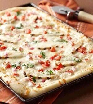 Chicken Alfredo Pizza!