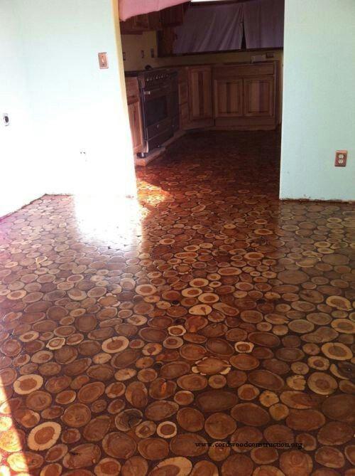 Fußboden aus Wacholder-Holz-Scheiben