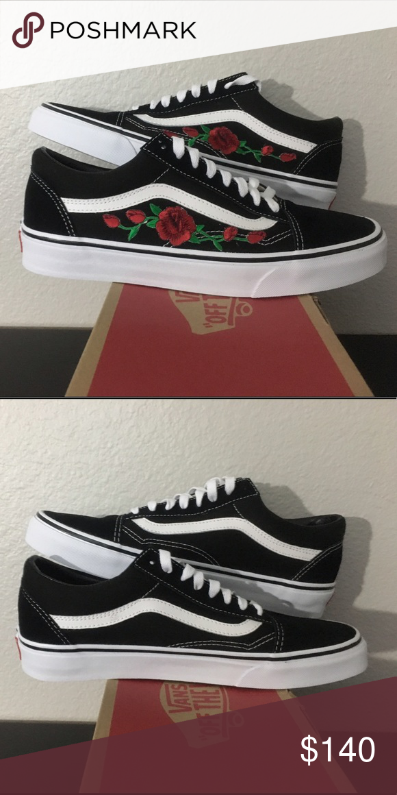 577e6b17e9 Vans OLD SKOOL SIZE  Any Size COLOR  Black White CONDITION  Brand ...