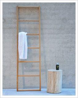 Holz Handtuchleiter Hipana Eiche Handtuchhalter Bei Relaxversand Handgefertigte Holz Accessoires Bad Sauna Kaufe Handtuchleiter Handtuchhalter Mobel Shop