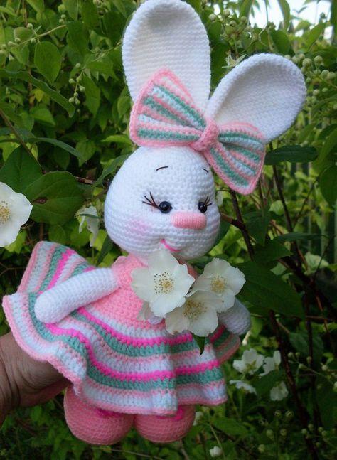 Pretty Bunny amigurumi in pink dress - Amigurumi Today | 647x474