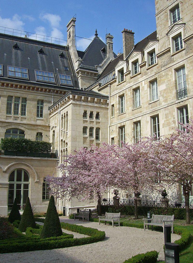 Paris 5e - Cour d'honneur du Lycée Louis-le-Grand