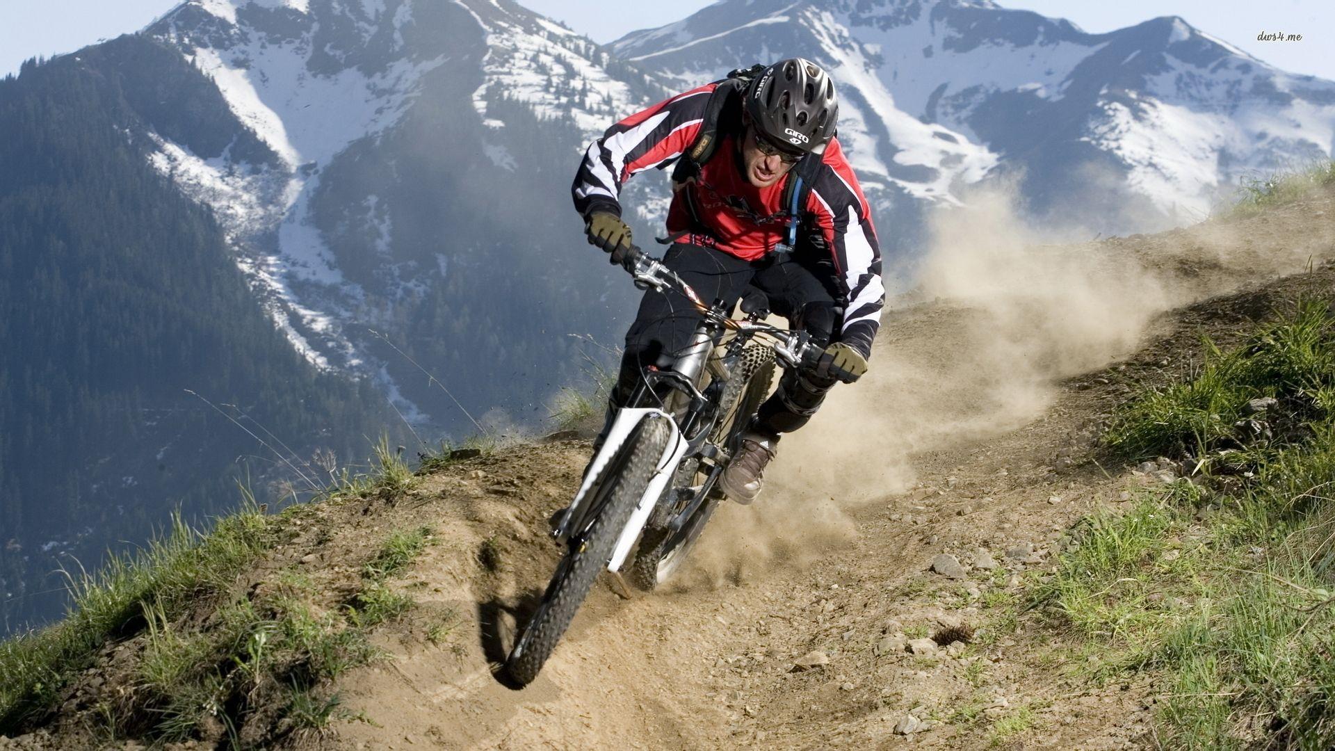 Downhill Mountain Bike Action Best Mountain Bikes Downhill