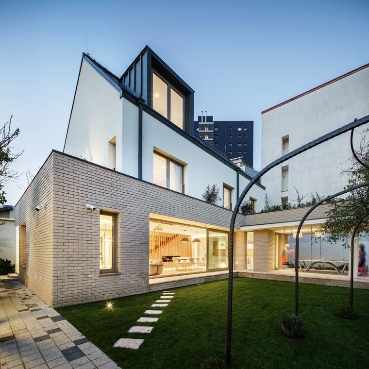 Hölzerne Treppenideen eines Designs mit Dia   Haus