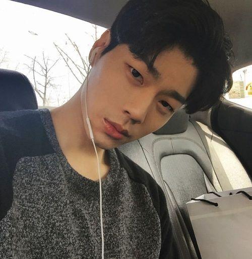 30+ Asian boy pics info
