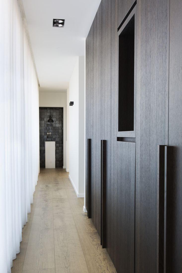 Master bedroom wardrobe designs inside  Mooie verlichting in gang  HOME verlichting lights lumiere