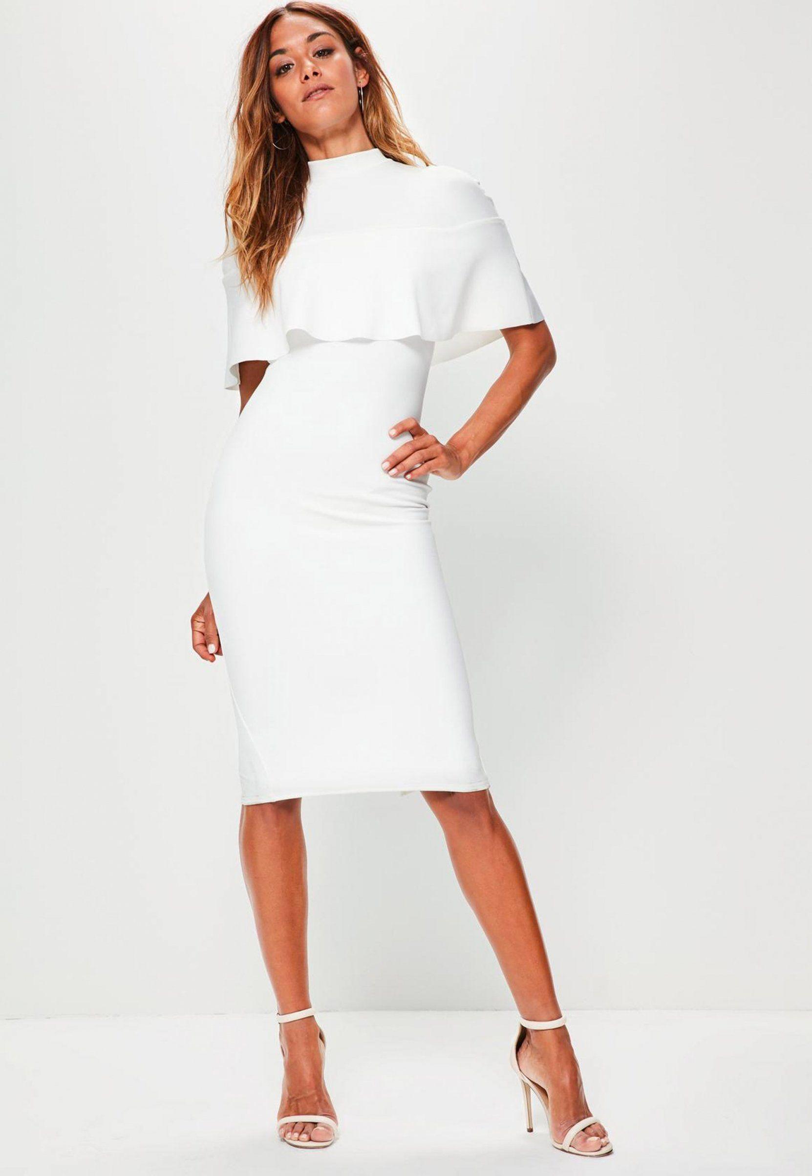 510f0190e81 Une robe blanche avec un volant pour une mariée d hiver par Missguided