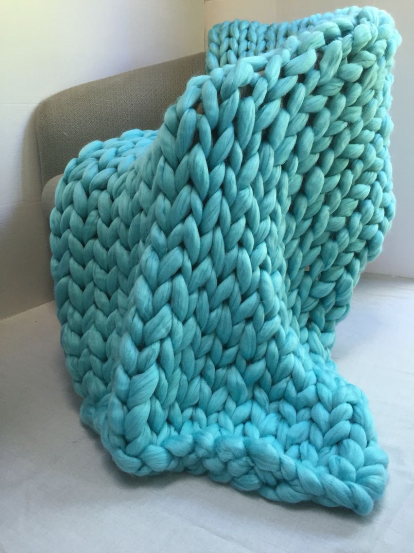 Have allergy to wool and can not get one of these popular chunky Merino blankets? Get this gorgeous non Merino super chunky blankets! Find one at becozi.net